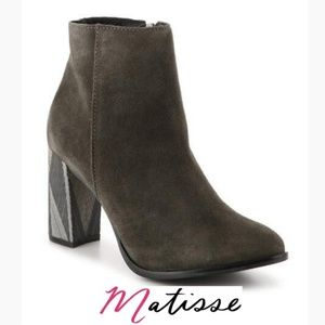Chic & Unique Matisse Booties